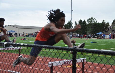 Varsity track takes on Lassiter Invitational