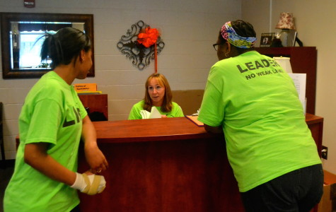 Link Crew receives makeover, hopes to help freshmen