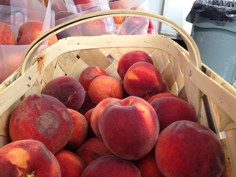 At+the+festival%2C+peaches+proved+to+be+a+versatile+fruit.+Companies+turned+the+fruit+into+jams+and+sauces+for+festival-goers+to+sample+and+take+home.