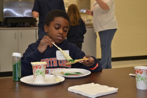 Jaylin Johnson enjoyed the cookie decorating part of the day.