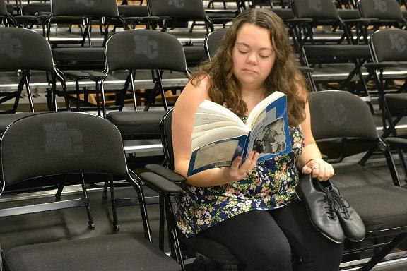 Senior Jessica Sloan's determination and her love and talent for performing make a Broadway-star combination for this aspiring actress.