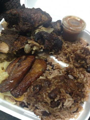 The combo meal from Island Spice came with jerk chicken, a famous dish in the Caribbean, that balanced spices and flavor together. The plantains, black beans, rice, and spicy sauce sufficed as appetizing side dishes.