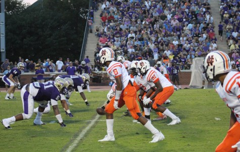 Varsity football drops to 0-3 with Cartersville loss