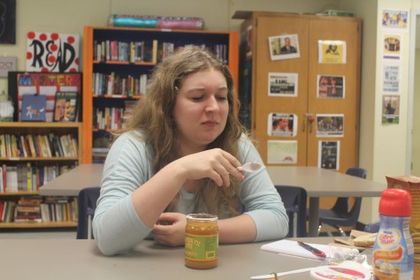 After trying the pumpkin spice cookie butter, Anabel shows her displeasure at the odd taste.