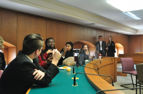 "For about an hour at lunch time, Representative Ed Setzler challenged the students to discuss openly with him their opinions on issues ranging from marijuana legalization to first amendment rights for public officials. Setzler asked the group whether he could ""treat them as college students,"" to which the resoundingly agreed."