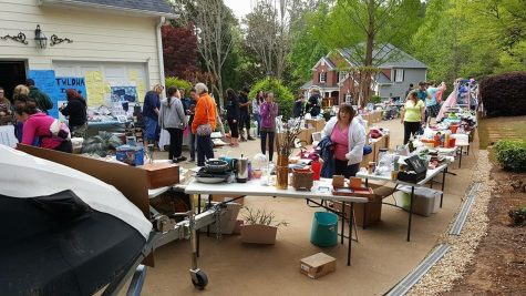 Many people gather to buy goods and support Heart to Heart.