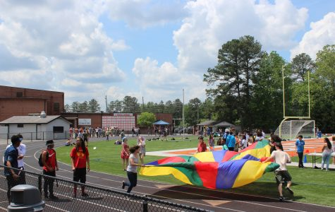Senior Carnival celebrates Class of 2016's four years