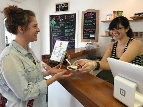 Mango Tree's fresh, new owners serve fresher, newer smoothies