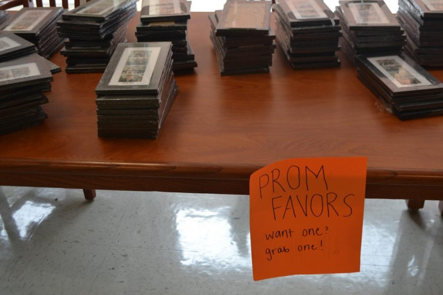 During prom on April 21, students could take their picture in the photobooth with friends or a date. Students who took pictures at prom also received complimentary frames to put their photos in and keep forever. Students can continue to pick up these keepsakes during their lunch periods.