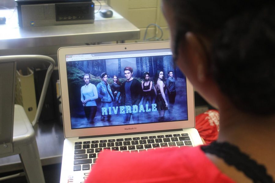 The recent season premiere of the hit show Riverdale came out on Wednesday October 10 with a new storyline emerging from the series.  The show focuses on a new supernatural theme distinctive to the suspense from previous seasons. Riverdale releases new episodes featuring drama, romance, and mystery every Wednesday night on the CW.