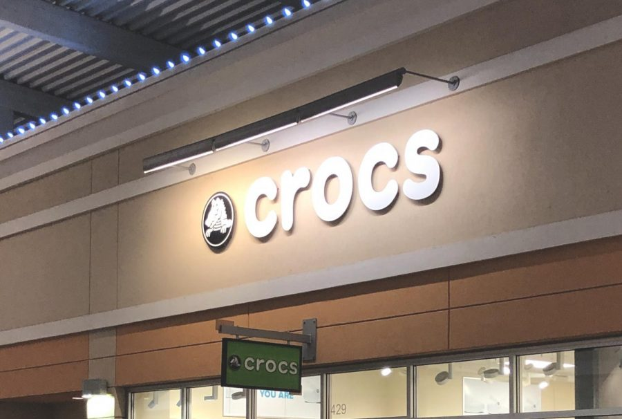 Crocs+come+back%2C+taking+over+the+end+of+the+2018+year%2C+flashing+back+to+the+2000s.+A+simple+and+colorful+selection+to+brighten+up+any+shoe+closet%2C+and+a+quick+slip-on+for+quick+occasions.+With+a+popular+shoe%2C+and+its+iconic+style%2C+Crocs+stand+with+its+comeback%2C+and+its+long-lasting+comfort.%0A