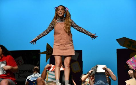 Senior Isabella Keaton, who played Junie B. Jones, breaks out into song over her distress about her inability to read words correctly. Performers spent dozens of hours rehearsing the dance moves for the song to have it perfect by opening night.
