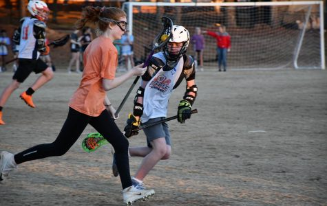 The girls scrimmaged the boys for the first time after practice on Friday, February 1. After spending a little over an hour on the field, both teams received important practice on the field for their upcoming games in the spring season.
