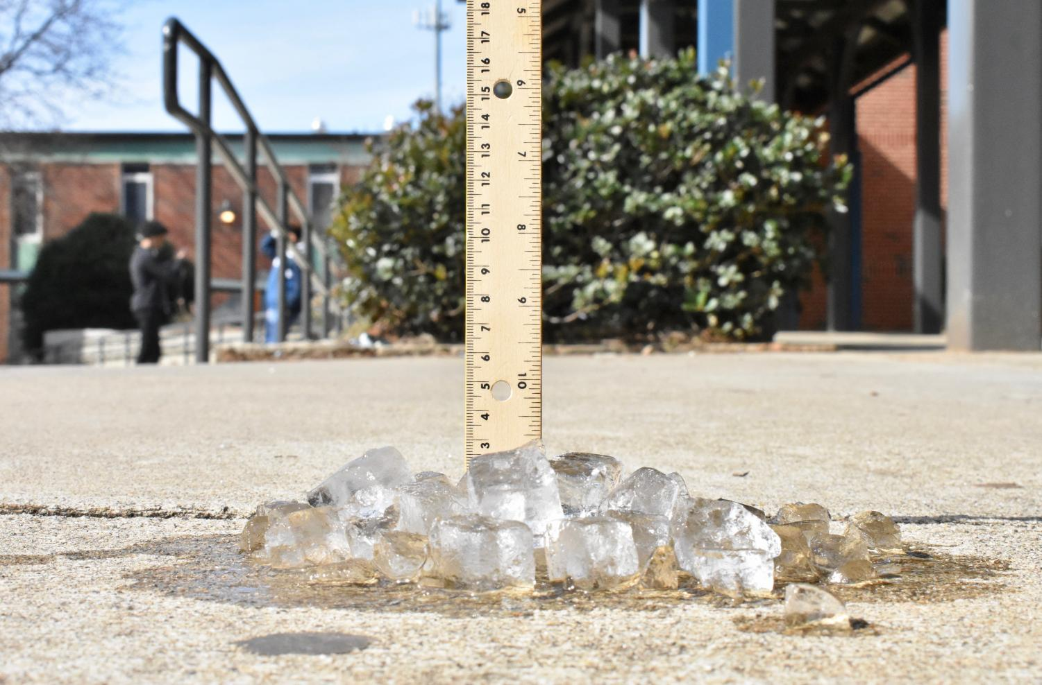 Cobb County school officials canceled school on January 29 due to inclimate weather threats. The sunny and above freezing temperatures tricked the county as no ice formed on the road and even though snow flurries fell, the temperature outside did not allow for it to stick.