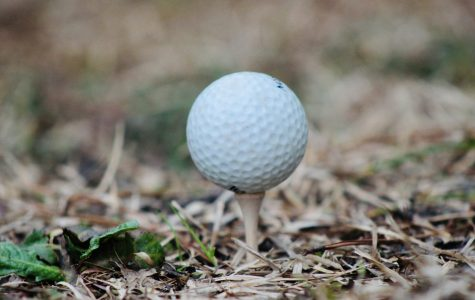 Hole in one: The girls' golf season begins