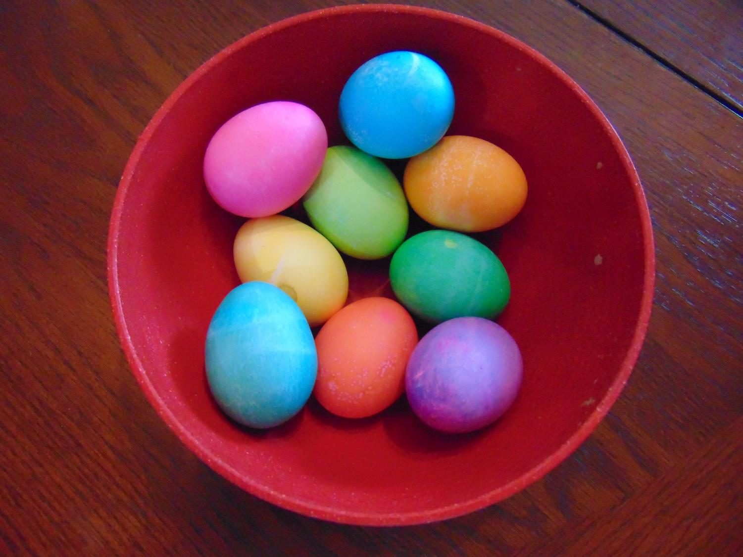 Easter falls on Sunday, April 21 this year. Make sure to decorate the house with egg-tastic decorations to celebrate the day with family and friends.