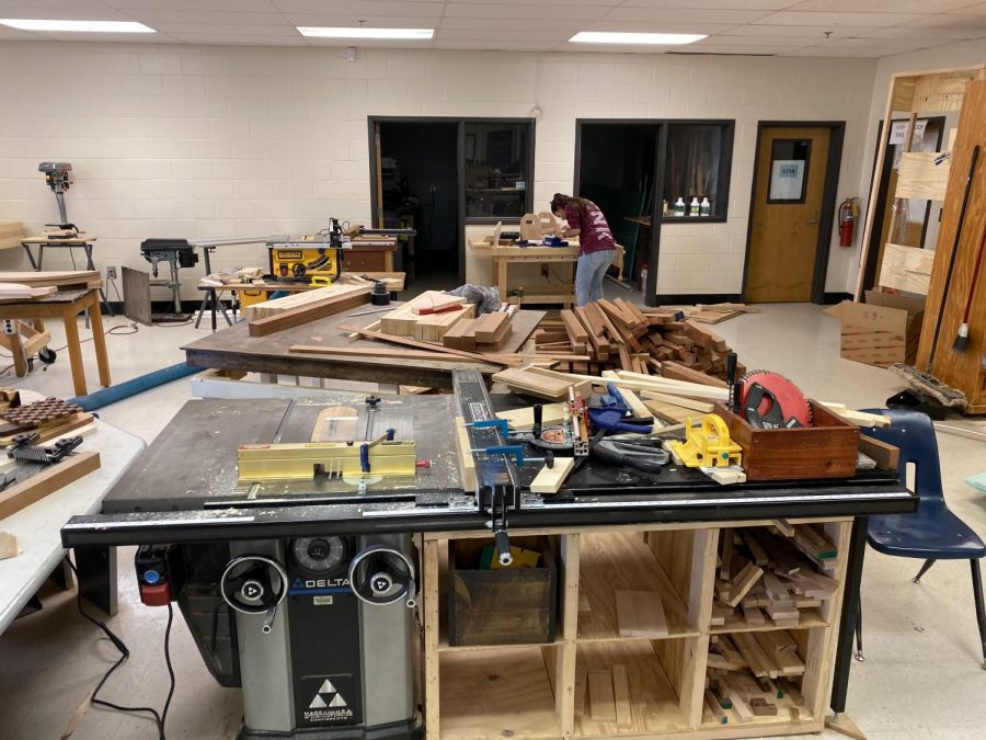 "Students gain the opportunity to design and construct in Coach Adam Cogbill's engineering class. This is one of several career technology classes that NC offers. However, the issue of the failure to encourage or recognize the furthering of trade skills in post-secondary education perpetuates in much of the school. ""My engineering teacher [Cogbill] knew I was interested in trade school, so he invited me to go with the construction class to a trade school job fair in Cartersville where we talked to a bunch of representatives from companies such as Superior Plumbing, Cobb EMC, Georgia Power and Georgia Gas. These are all companies looking to hire people with trade school requirements,"" Magnet senior Tanner Corbett said."