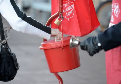 https://www.dailyherald.com/news/20200915/salvation-army-kettle-bells-ringing-two-months-early-citing-unprecedented-need
