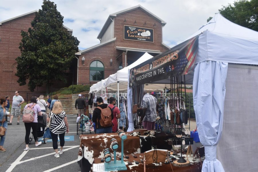 Downtown+Kennesaw+embraced+its+esteemed+Civil+War+history+this+weekend+as+locals+emerged+themselves+in+downtown+Kennesaw%E2%80%99s+rich+heritage+amid+festival+activities.++With+food+appealing+to+everyone%E2%80%99s+unique+taste+buds+and+products+for+varying+interests%2C+the+Big+Shanty+Festival+constitutes+an+eagerly+anticipated+event+every+year.